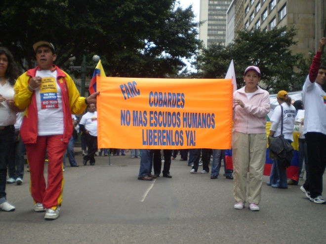 An anti-FARC protest in Bogota, Colombia. By flickr account equinoXio20080720.