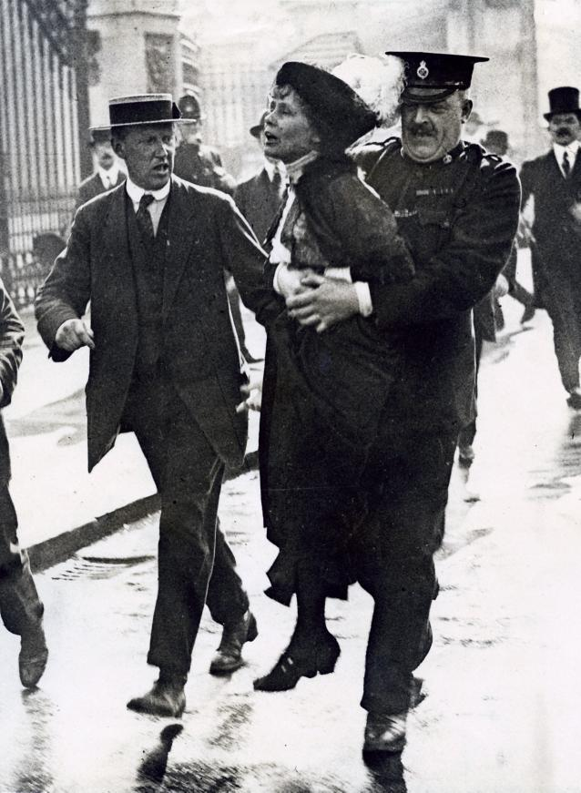 Suffragette Emmeline Pankhurst being arrested after protesting in London [1907-1914]. Via the National Archive of the Netherlands.