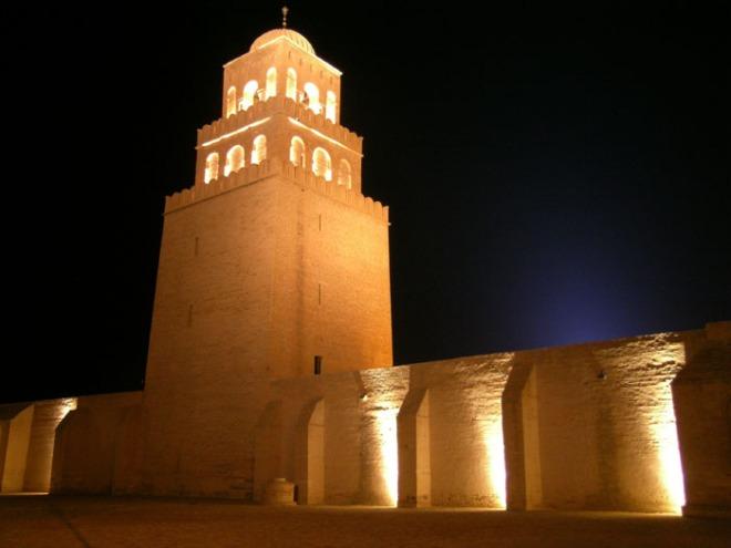 Mosquée_oqba_Kairouan_by_JM_ROSIER